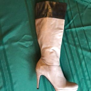 Marc Fisher Gray leather boots